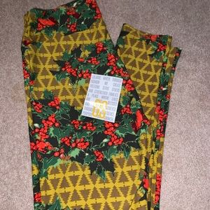 New Christmas Holly Berries Berry Leggings OS 2-12